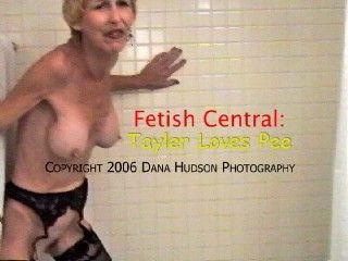 Mature mistress loves pee fetish